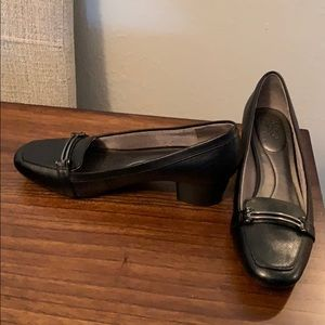 Life Stride Leather Heels w/ Cushioned Soles